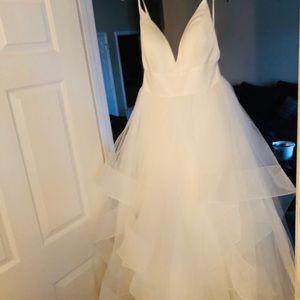 Calla Blanche Wedding Dress